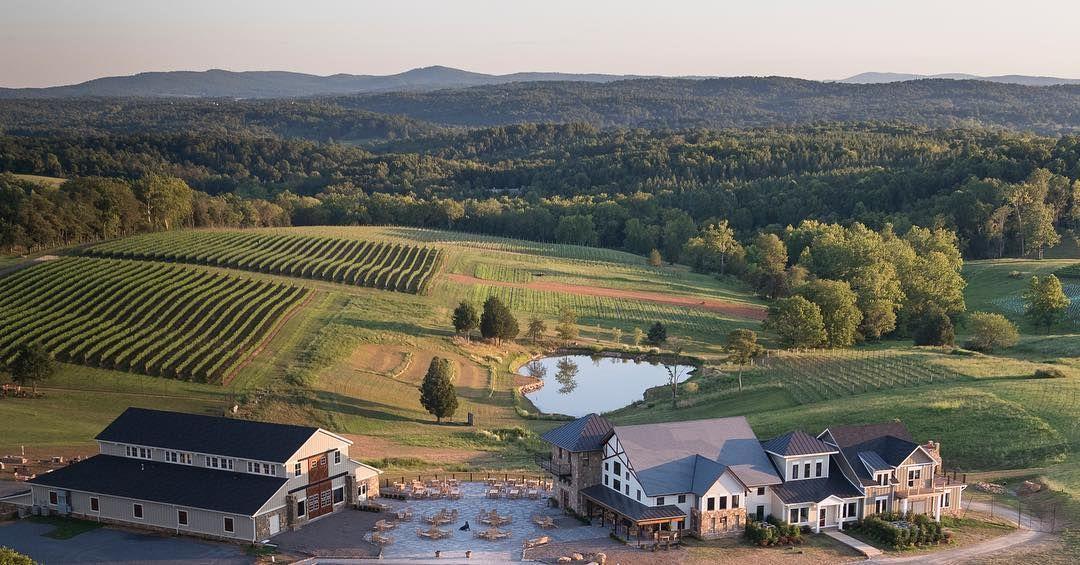 Leesburg, Virginia, Stone Tower Winery.