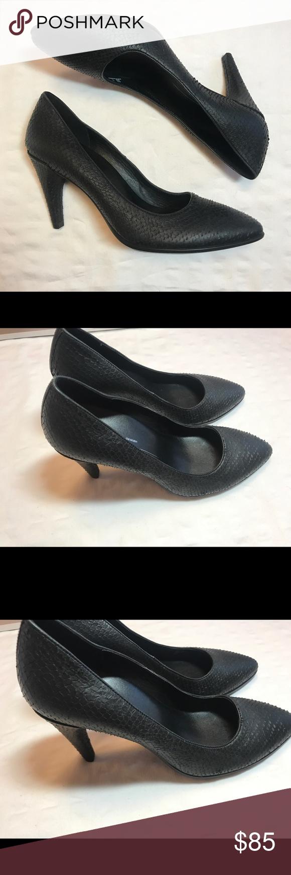 4d2ad340 Ecco Shoes   Ecco Danish Design Heels Snakeskin Heels Eu 39   Color ...