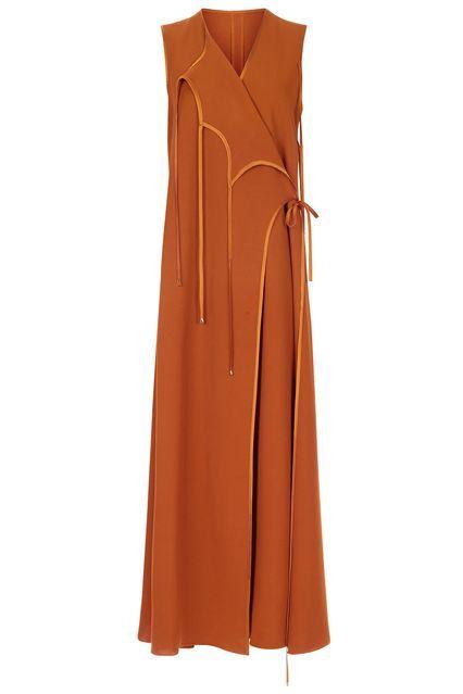 d25ac6a0e53 It s been 40 years since Diane von Fürstenberg s wrap dress