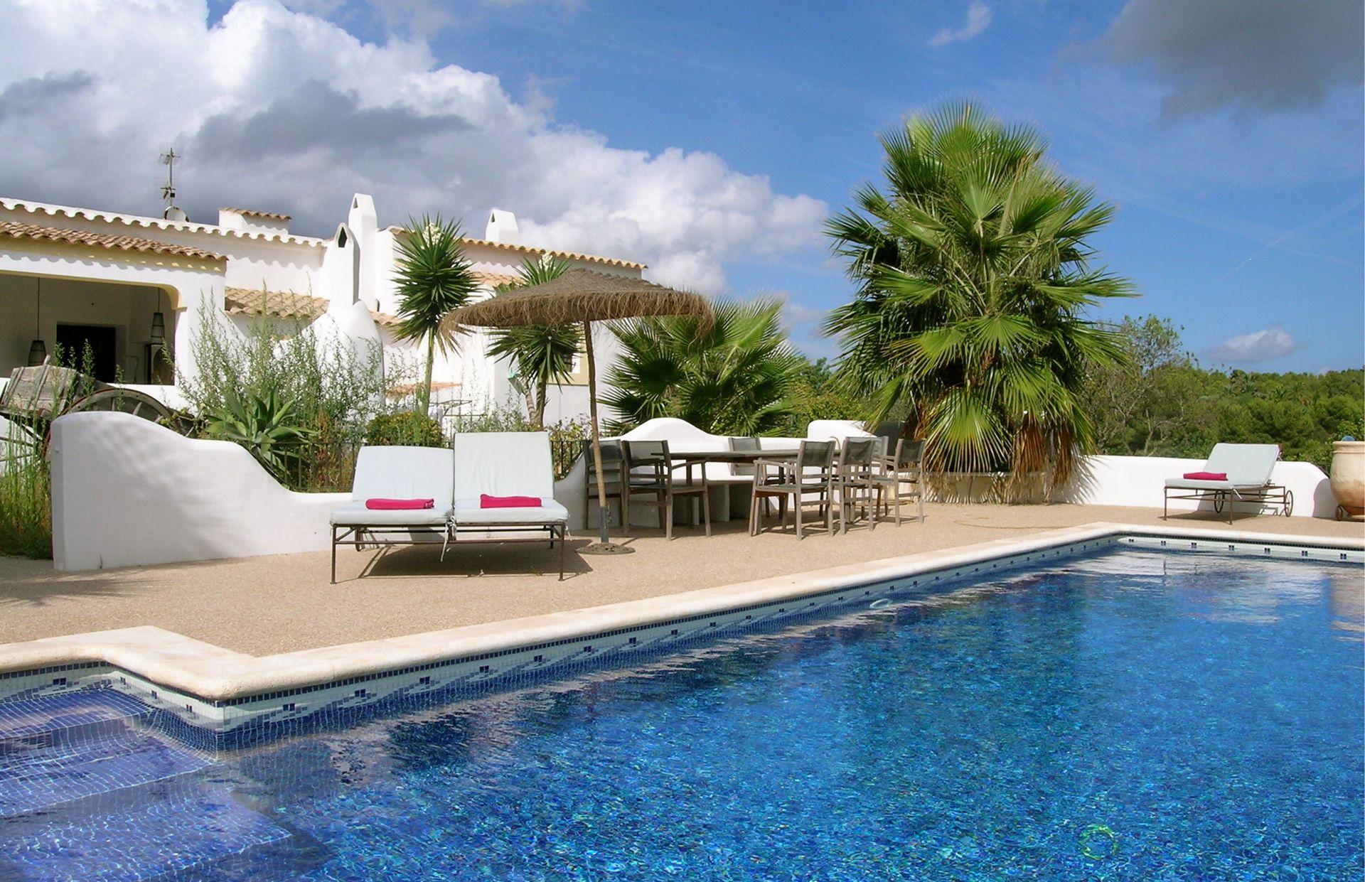 Pin Von Harissa Villas Ibiza Auf Can Alila Finca