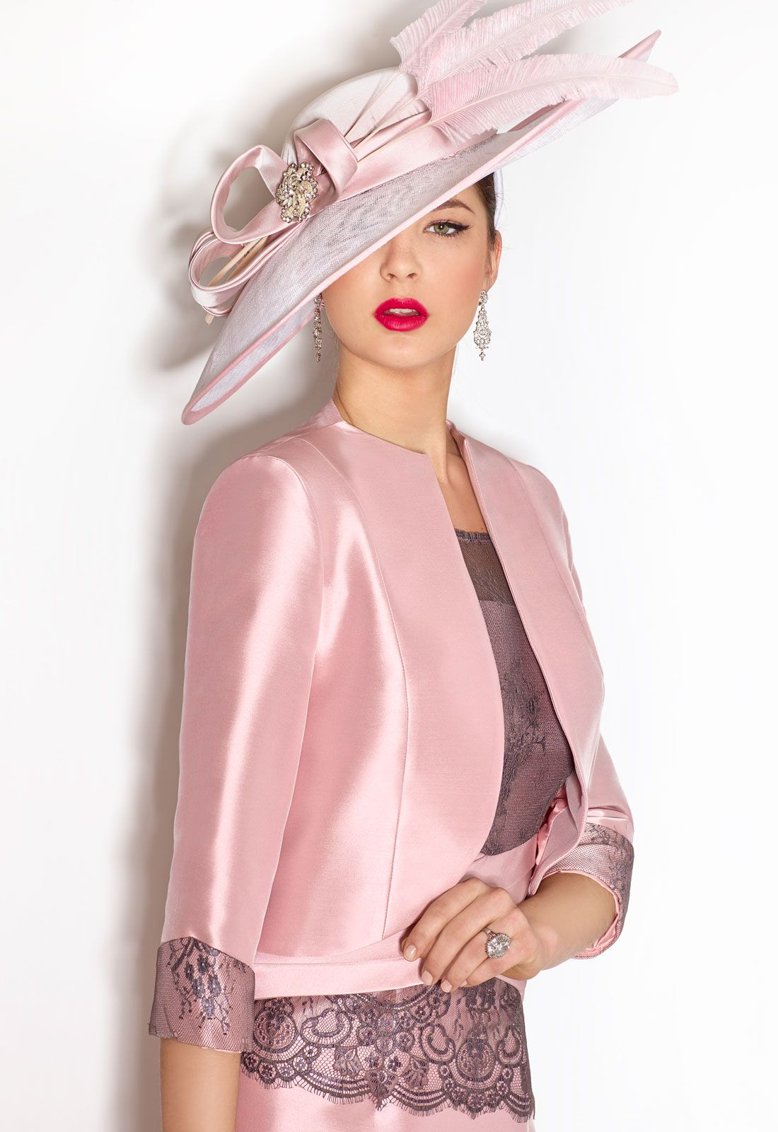Cabotine mother of the bride outfit style hairstyles