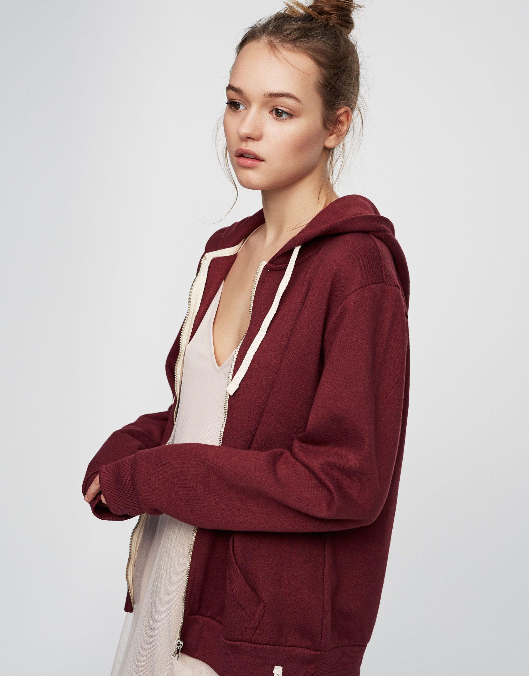Discover Fashion Online | Sudadera con capucha y cremallera