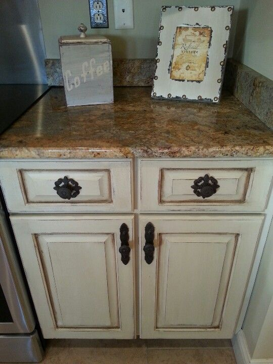 enamel kitchen sink painted and distressed cabinets painted 3564