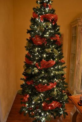 kristens creations decorating a christmas tree with mesh ribbon tutorial the secret is to scrunch wrap a branch around it and then pouf the ribbon - Christmas Tree Mesh Ribbon