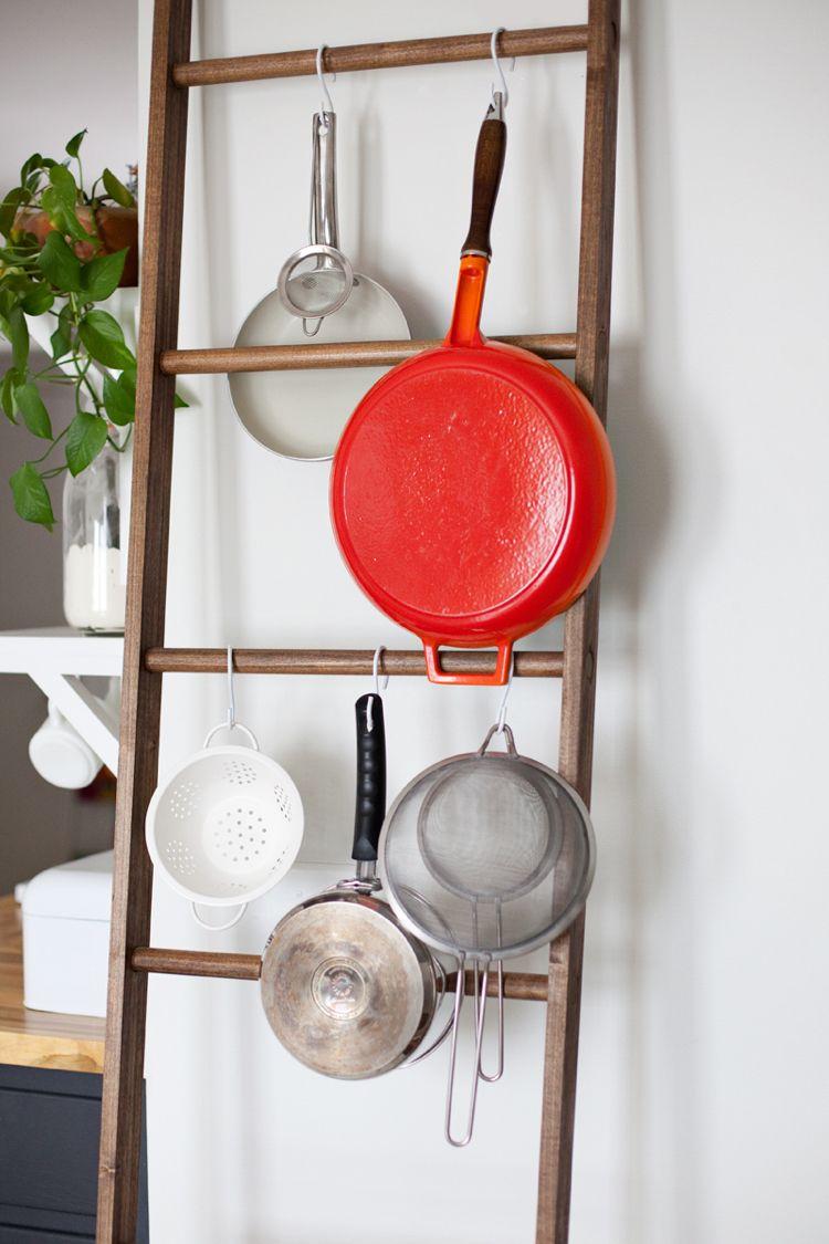 Pfannen Aufhängen Küche Holzleiter Zum Anlehnen S Haken Wohnideen