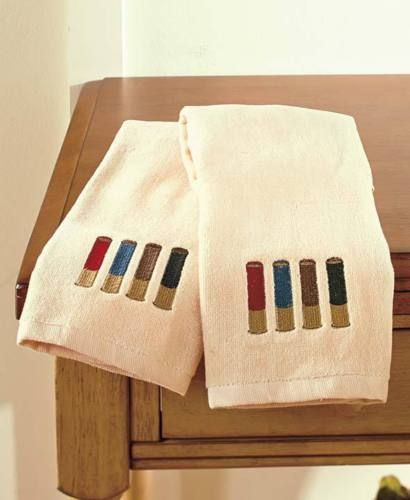 Set-of-2-Hand-Towels-Shotgun-Shell-Outdoorsman-Rustic-Cabin-Bathroom-Home-Decor