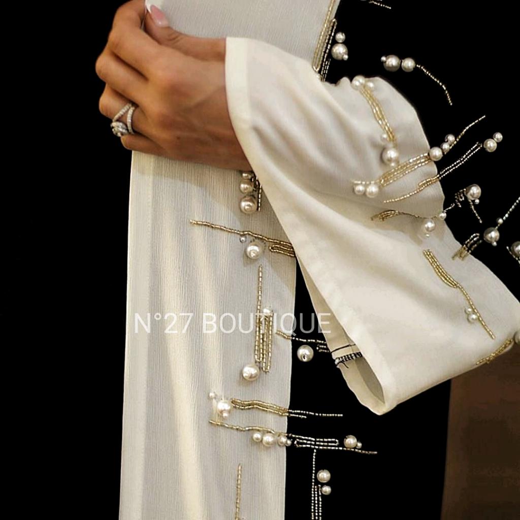 Repost @no.27boutique with @instatoolsapp ・・・ #subhanabayas #fashionblog #lifestyleblog #beautyblog #dubaiblogger #blogger #fashion #shoot…