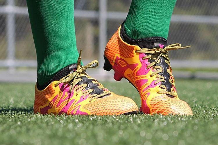 Die neue adidas Fussball Turbocharge Kollektion ist da! Alle