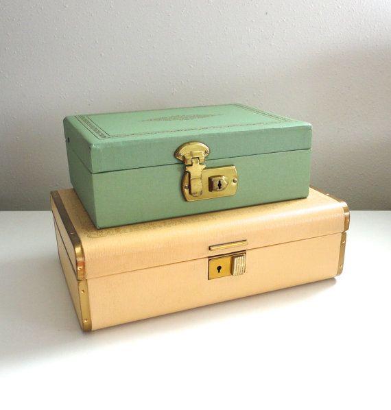Farrington Jewelry Box Two Tier Jewelry Box In Pastel Yellow And Burgundy Velvet 1950S