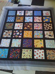 i spy quilt. this one is wonderful since it is easy to see with the black borders between. i love this one!