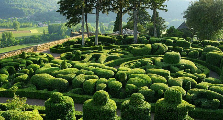 The Gardens Of Marqueyssac Or What A Man Can Do With A Pair Of Garden Shears Guia De Jardineria Jardines Bonitos Jardines