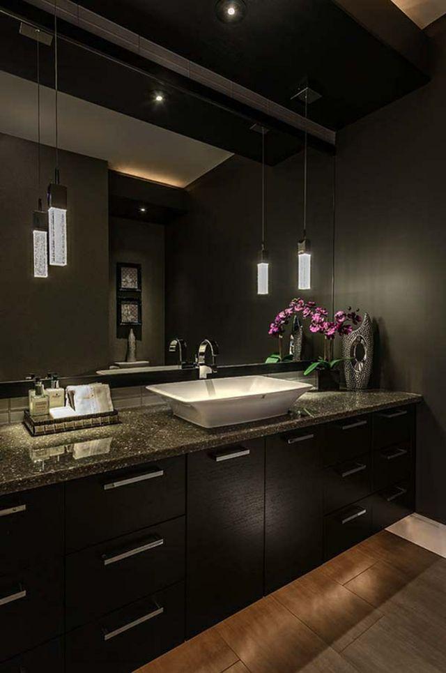 Des teintes sombres pour une salle de bain moderne Distinguée