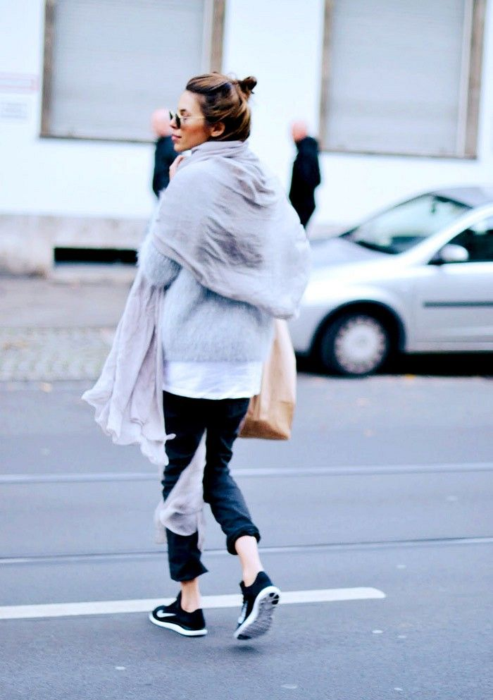 Cozy oversized sweater worn with fitted sweatpants, sneakers and a gauzy scarf