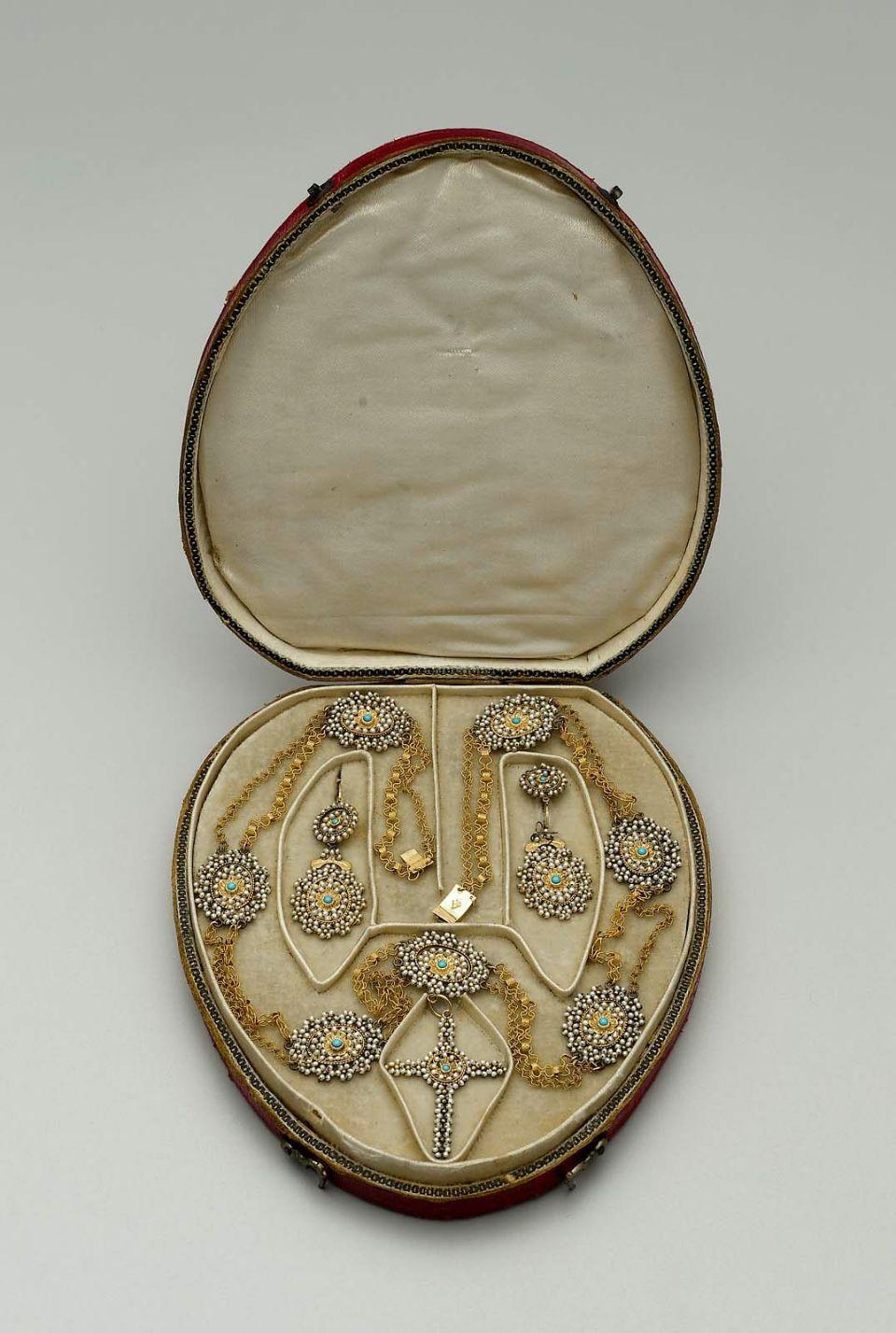 Museum of Fine Arts Vintage Jewelry