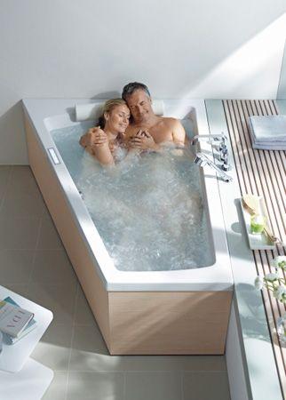 Tolle Fensterbank | Badewanne für zwei, Doppelbadewanne ...