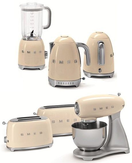 Beau The Smeg First Ever Line Of Small Appliances Is Designed To Match The  Famous Retro Style Of Smeg Major Kitchen Appliances. The New 50u0027s Retro  [...]
