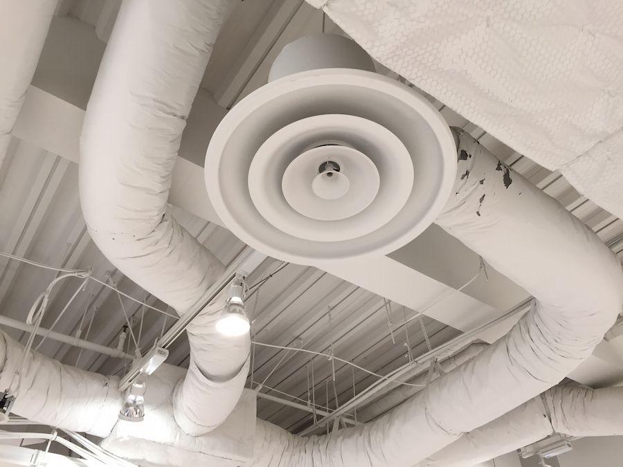 おしゃれなカフェの店舗デザイン5つの秘密とは 天井のデザイン