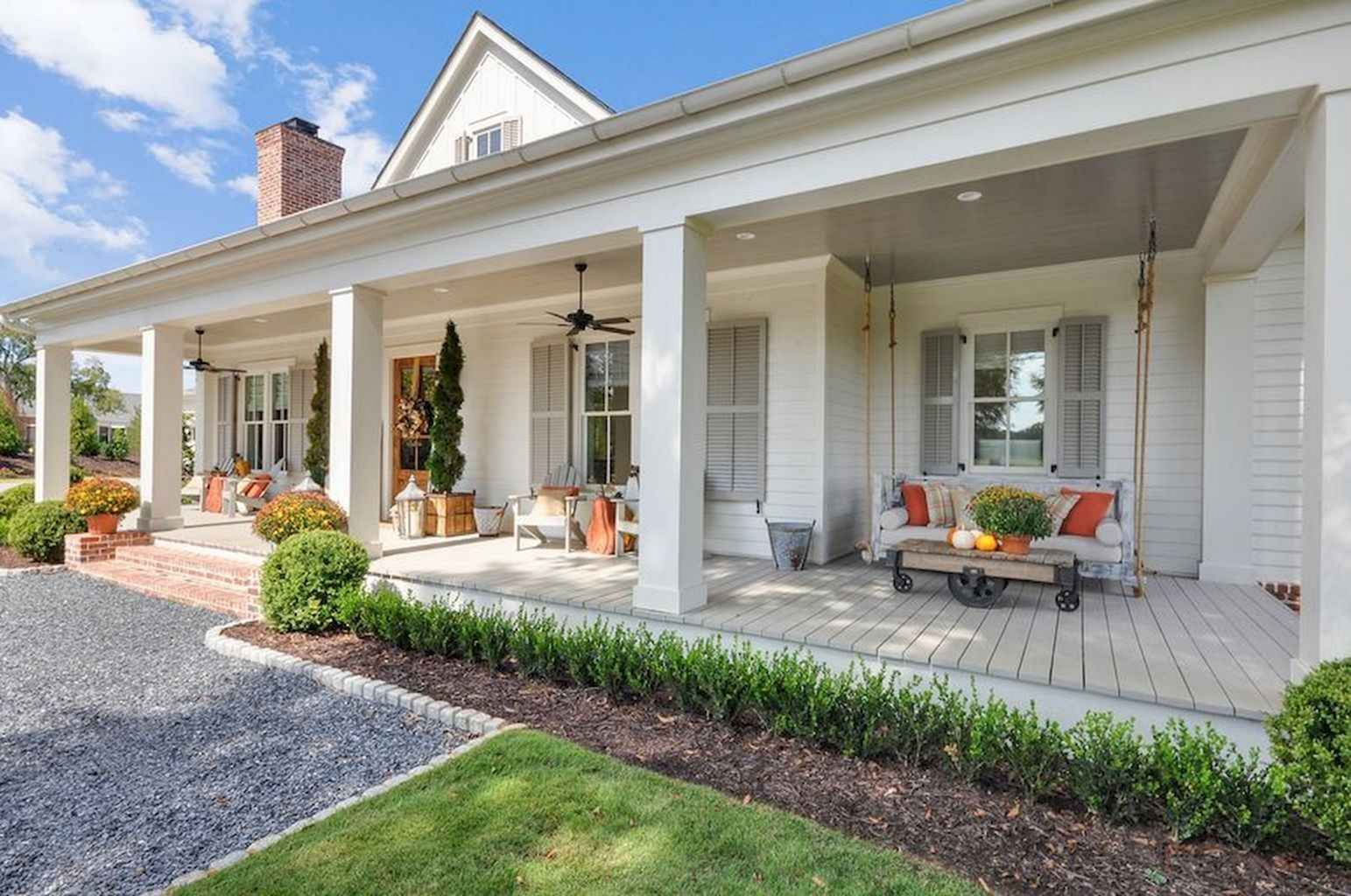 9 Stunning Modern Farmhouse Front Porch Ideas For Place Relax Inspiration In 2020 Modern Farmhouse Exterior Porch Design House Designs Exterior
