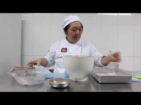 Como fazer Pão de Ló de Chocolate para Bolos de Aniversário - Sem Fermento - YouTube