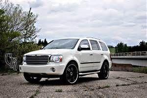 I Love My 2009 Chrysler Aspen Car Design Car Photos Chrysler