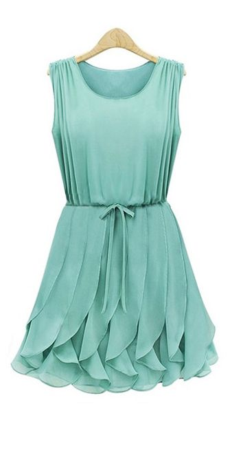 Mint pleated dress. Simplemente Hermoso!