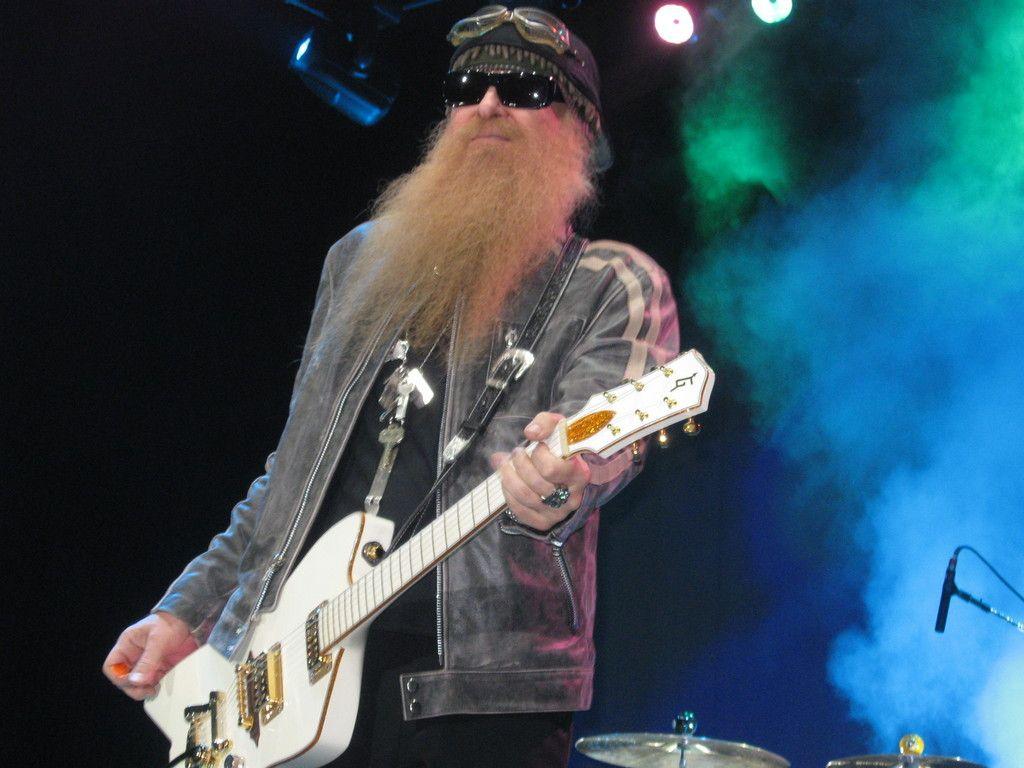Billy Gibbons Gretsch Billy Bo Jupiter Thunderbird Guitars