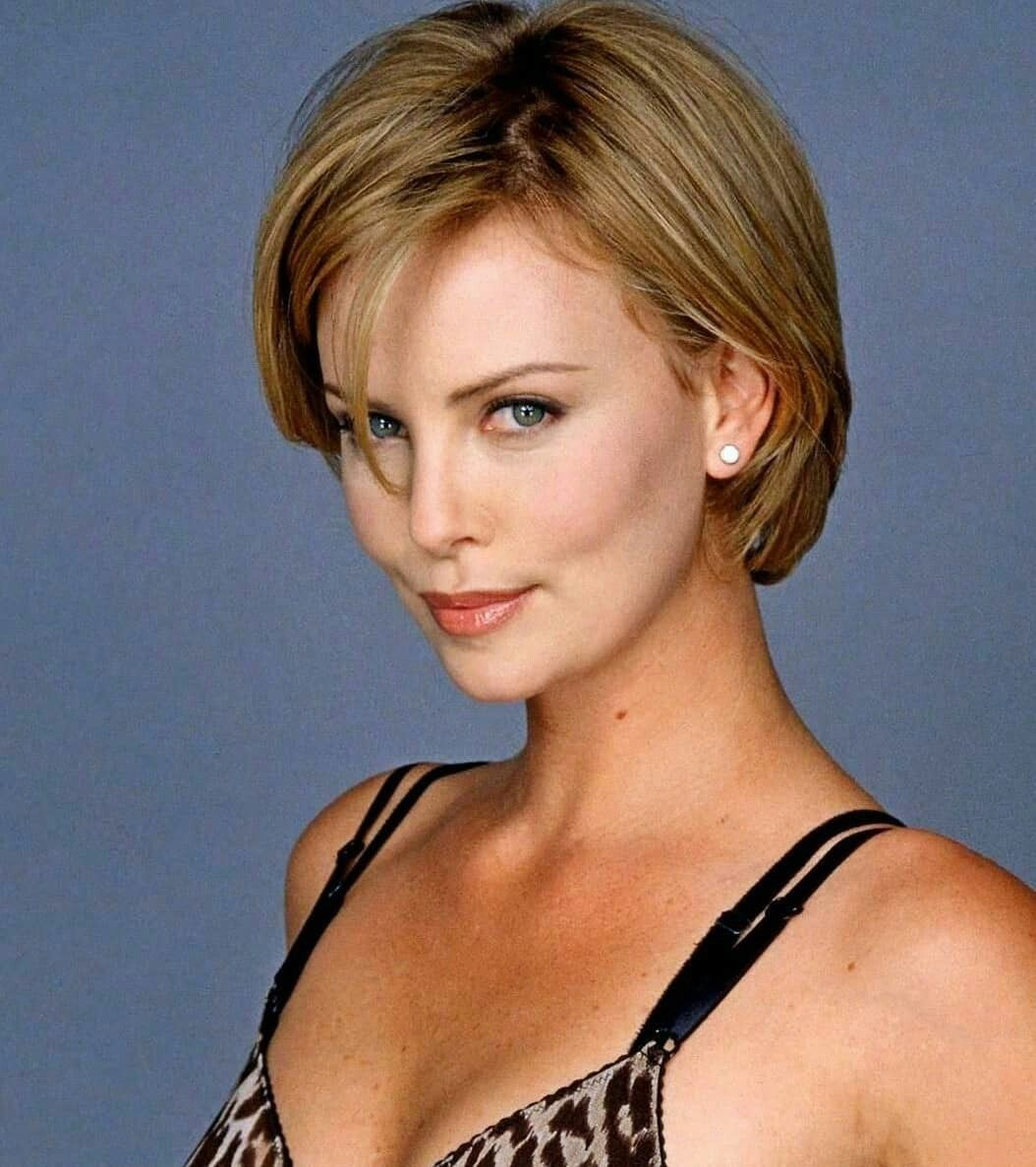 Charlize Theron Ny Blondes: Charlize Theron .. The Real Bright Star