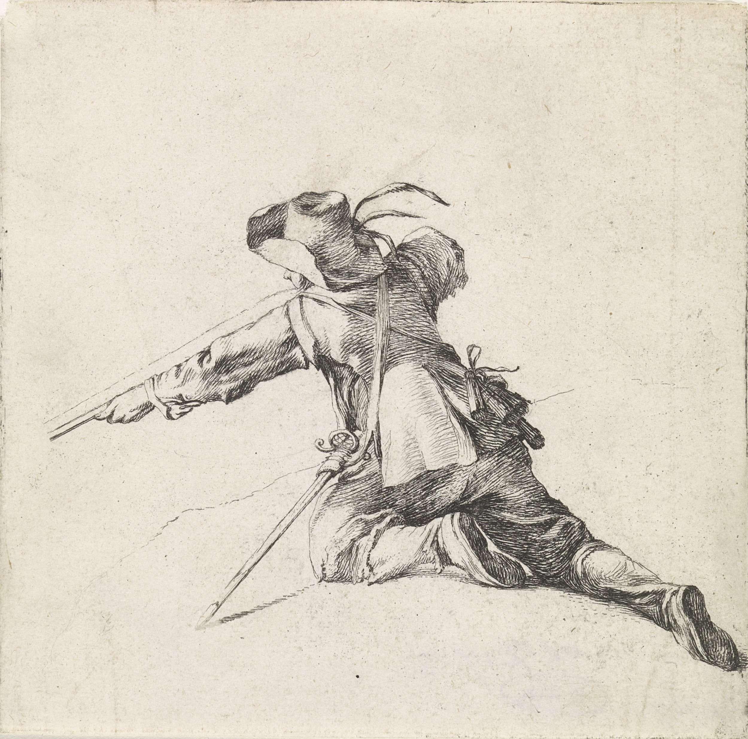 Dirk Maas   Soldaat met geweer naar links, Dirk Maas, Philips Wouwerman, 1708 - 1717   Geknielde soldaat met geweer naar links, op de rug gezien. Over zijn schouder een zwaard en op zijn hoofd een hoed met veren. Derde prent uit een serie van twaalf prenten met voorstellingen van soldaten en paarden.