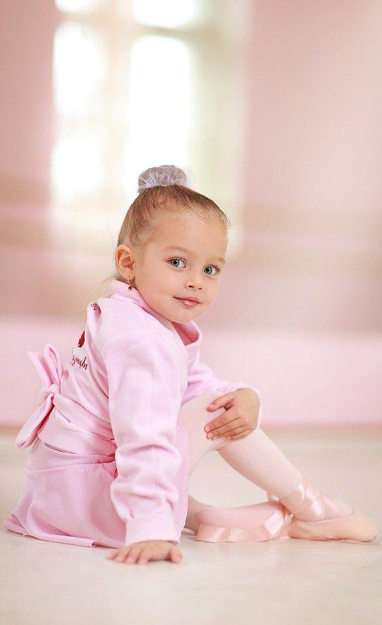 Russian child model Anna Pavaga.