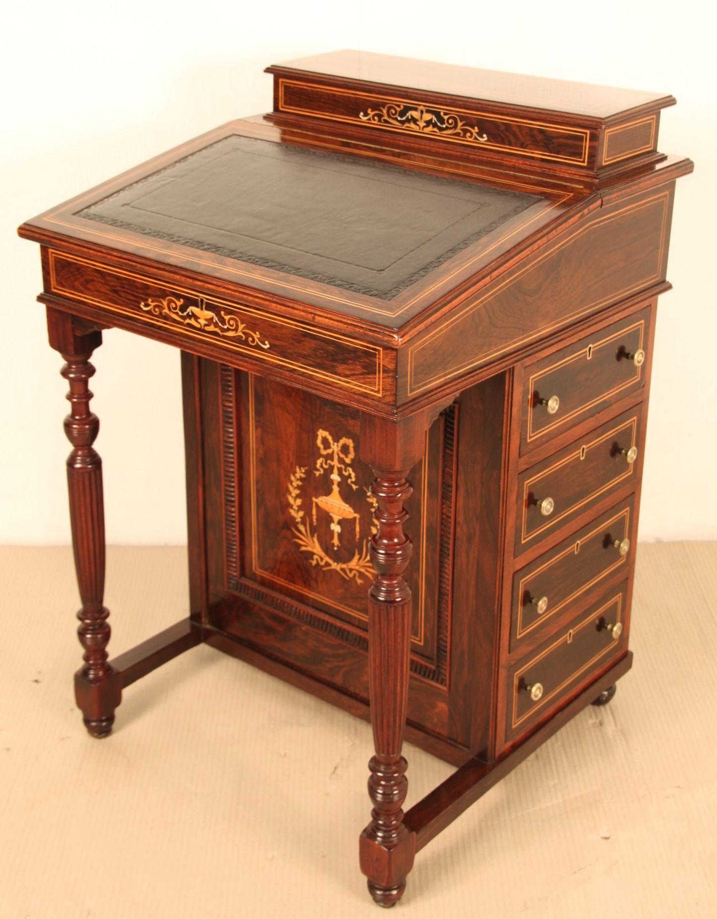 https://www.loveantiques.com/antique-desks/davenport- - Https://www.loveantiques.com/antique-desks/davenport-desks/inlaid
