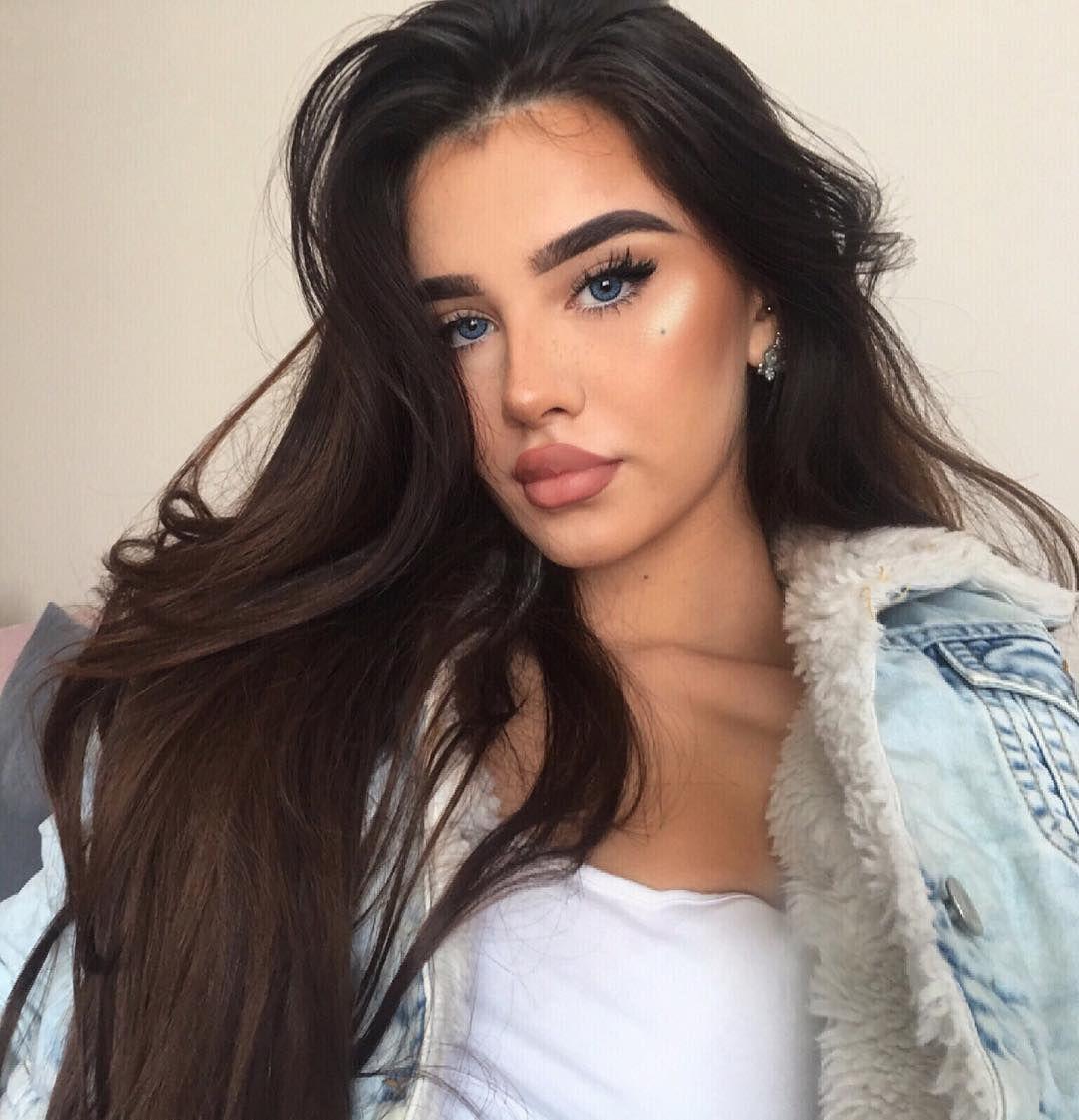 5 824 Otmetok Nravitsya 199 Kommentariev Wolf Pack Sudealkanx V Instagram Should I Dye My Hair Black Again Cool Hairstyles Hair Styles Hair Makeup