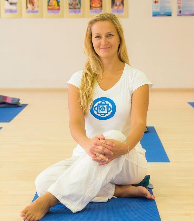 Tantra Yoga: 14 Hr Tantra Yoga Course By Liisa Maimon