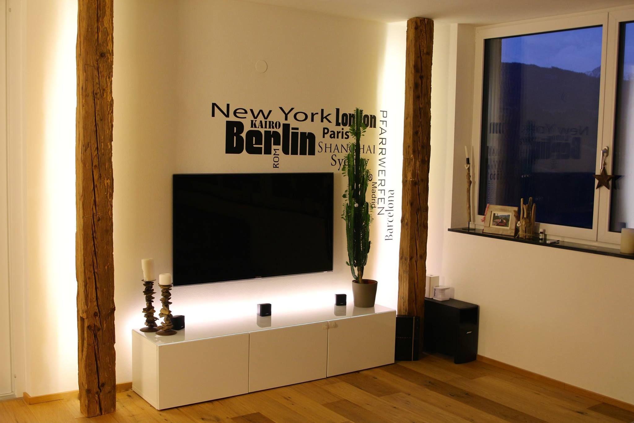 altholz balken wandgestaltung - Wohnzimmer Ideen Wandgestaltung Regal