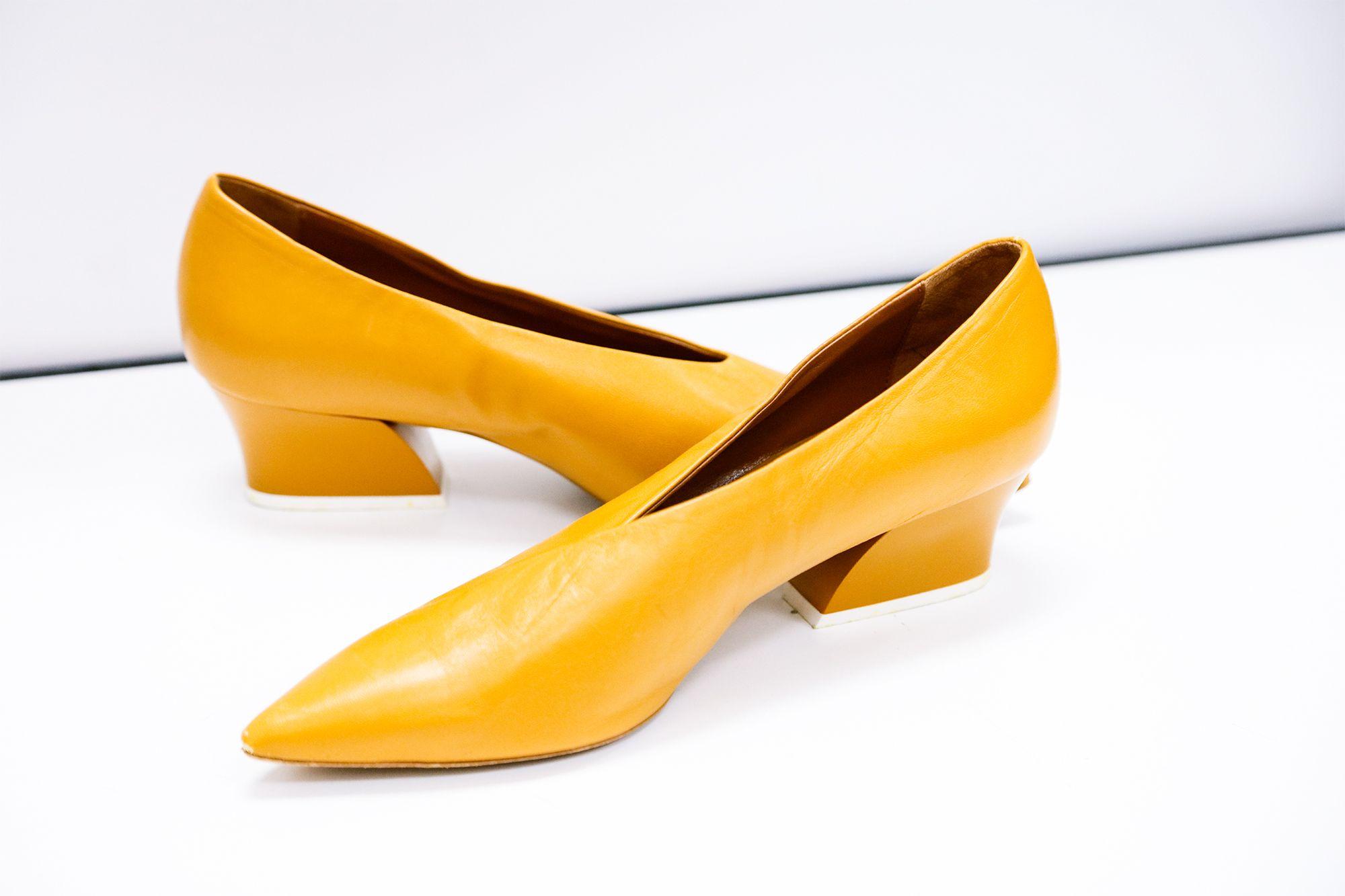 bc075e394ee Zara Mustard Chunky Heel Closed toe Shoe (Size 9)  S62500179