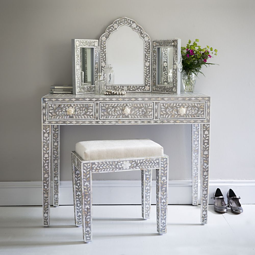 Classic Mother Of Pearl Console Table In Silver Grey Www