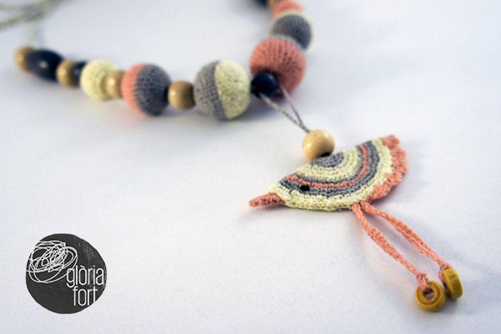 Como hacer un bonito collar de lactancia de crochet | Crochet ...