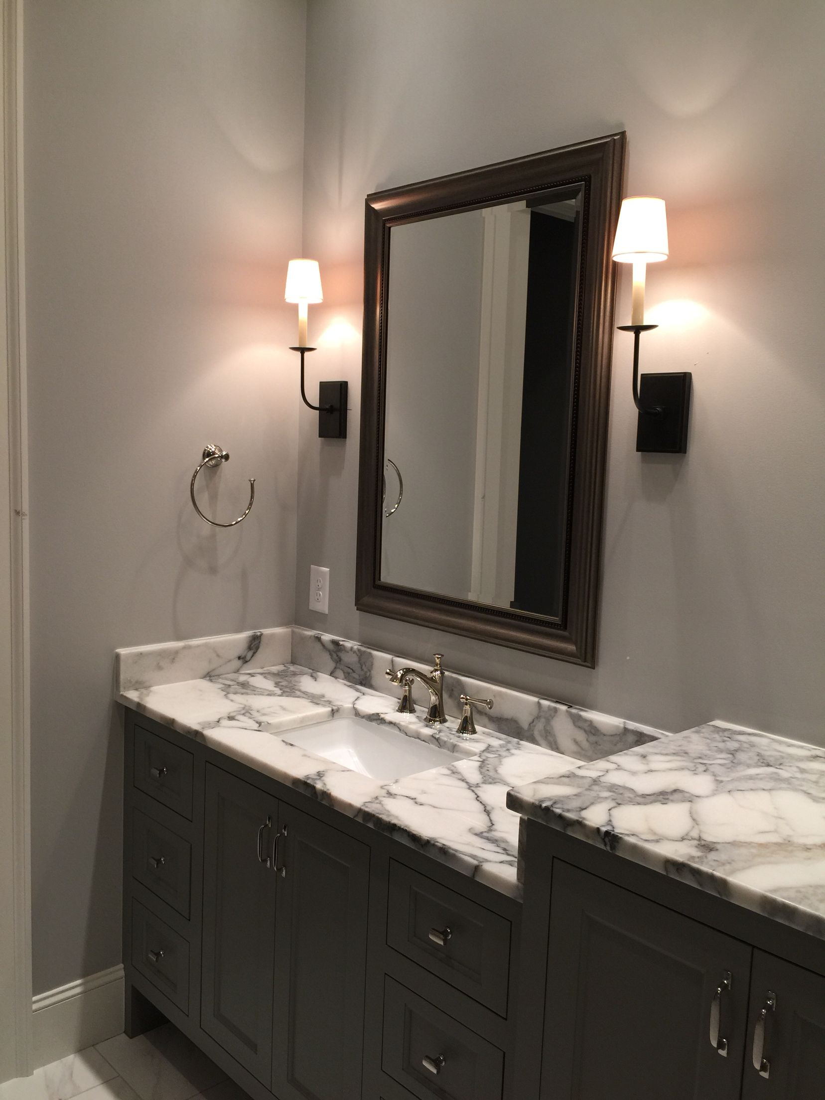 Sherwin Williams Dovetail Cabinets Knitting Needles Walls Ducale Marble Countertops Visual