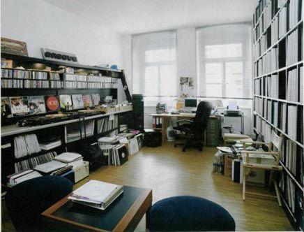 Woonkamer Van Djs : Woonkamer van dj s room organizing and shelf desk