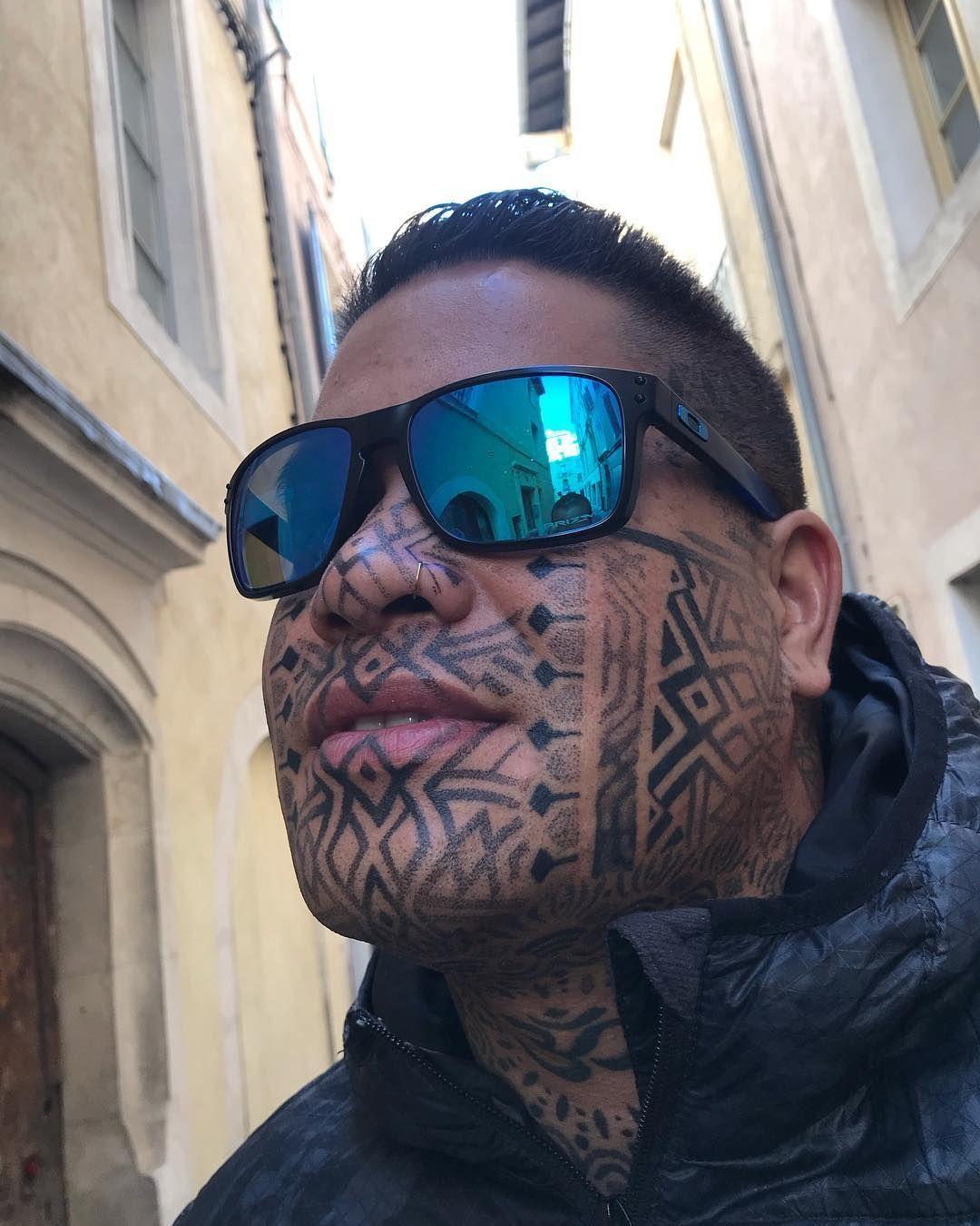 "Geometric Tattoo on Instagram ""Bon retour à Tahiti poto"