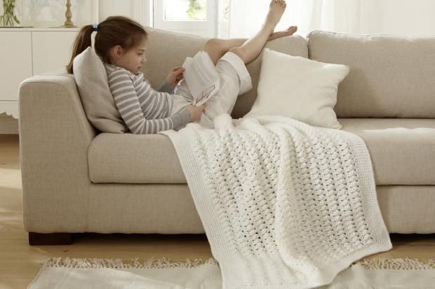 luftige h kelplaiddecke stricken h keln h keln. Black Bedroom Furniture Sets. Home Design Ideas