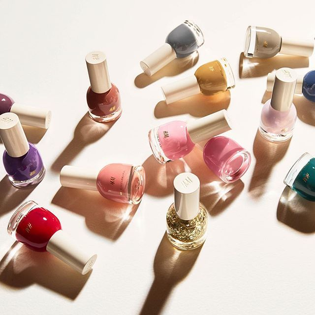 Future goals: try out all our nail polish colours. Because why limit yourself to just one color? #HMBeauty #HM