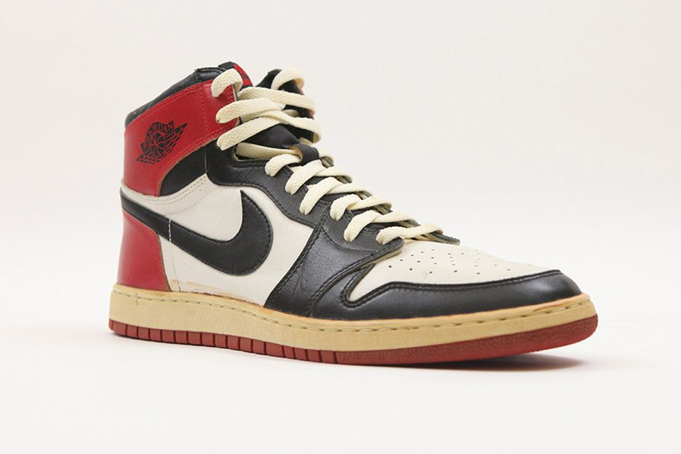 the first pair of jordans ever made
