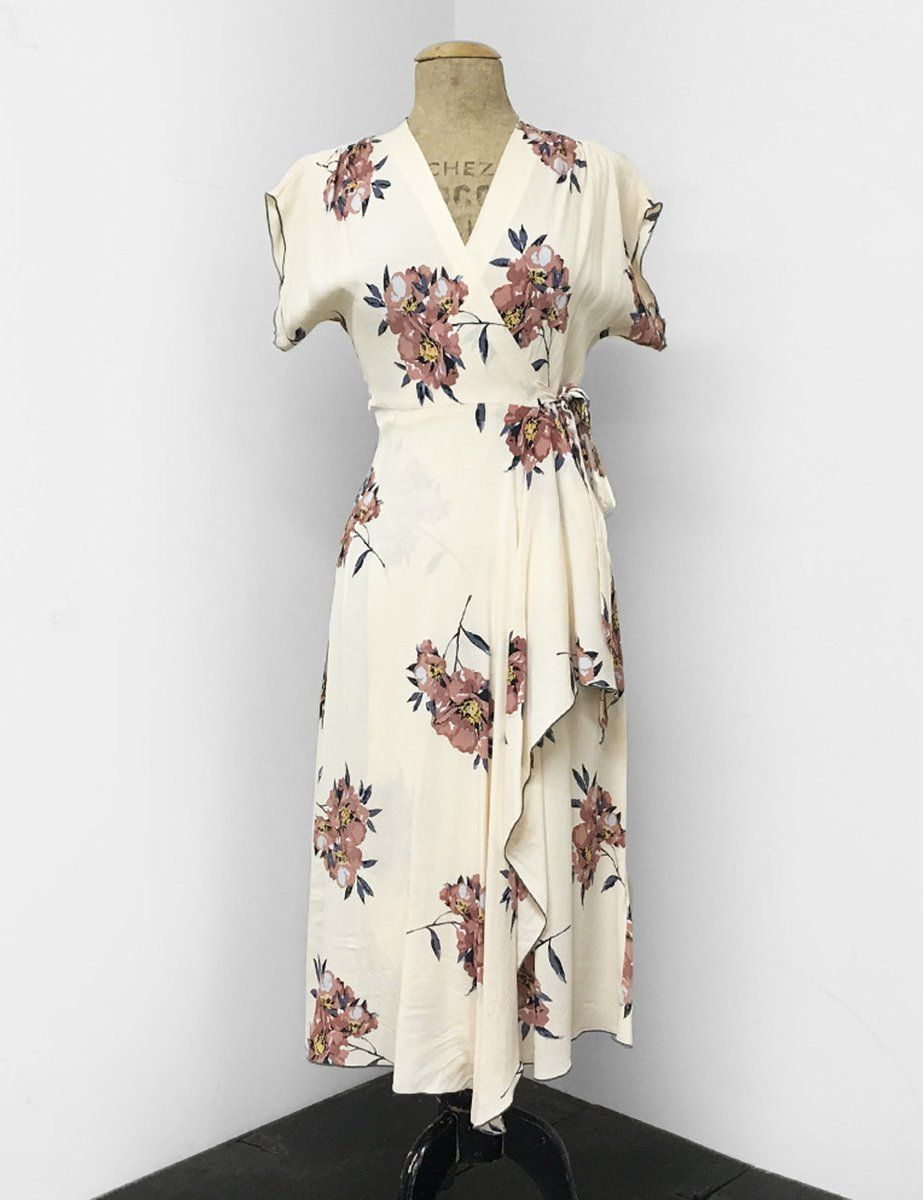 More Forties Inspired Flair: Description This Beautiful Wrap Dress Was Inspired By An