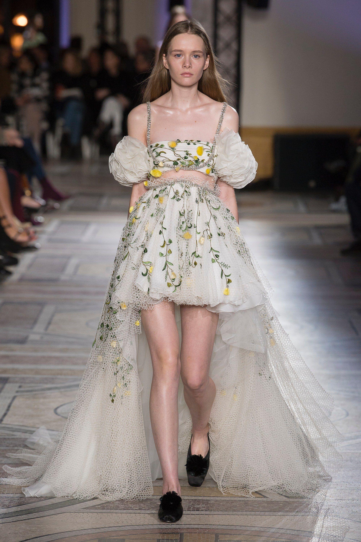 Giambattista Valli Spring 2018 Couture Fashion Show in ...