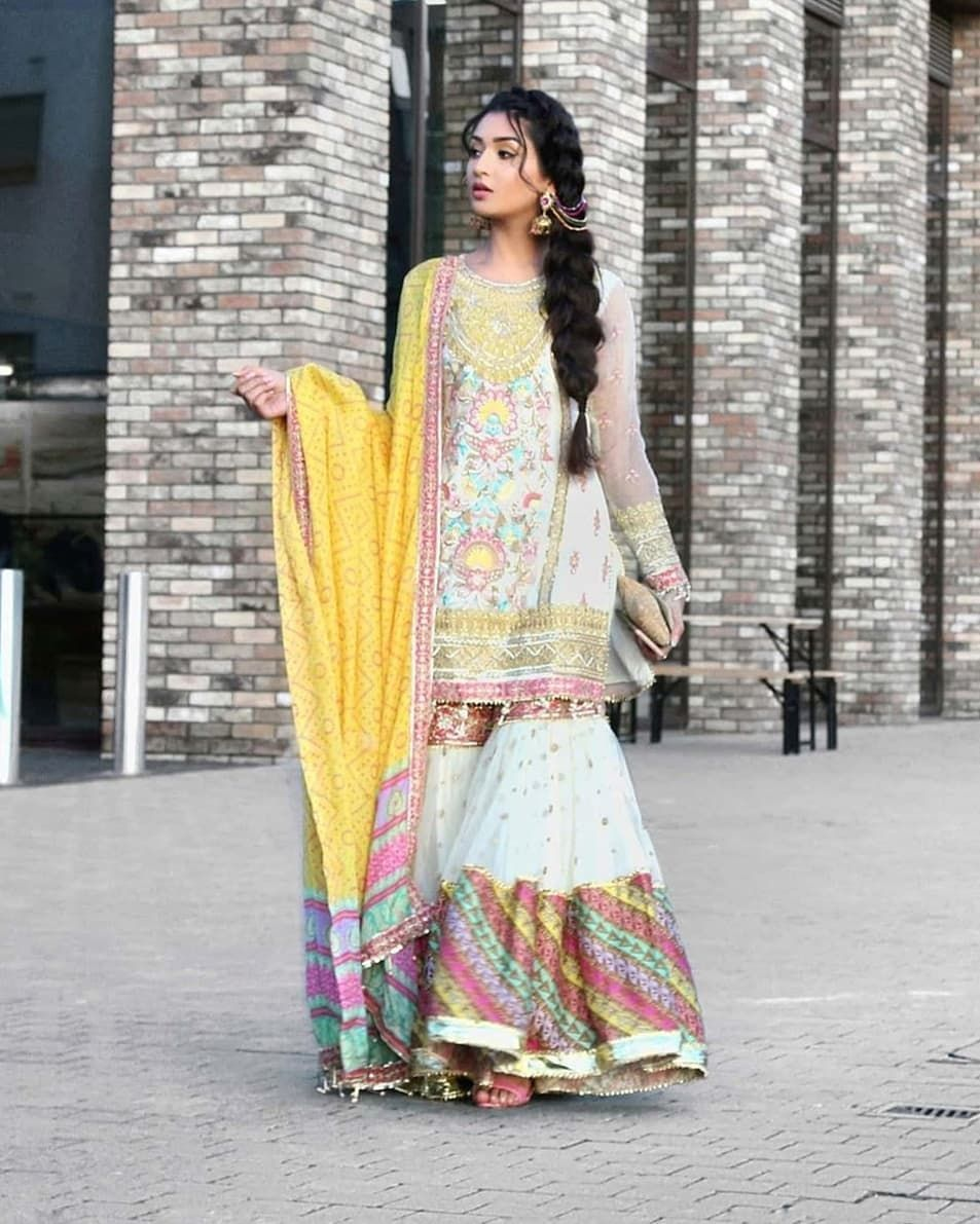 "Shaadi Barbaadi ☆ on Instagram: ""Gorgeous @ibreatheshoes looking colourful for a dholki ..."