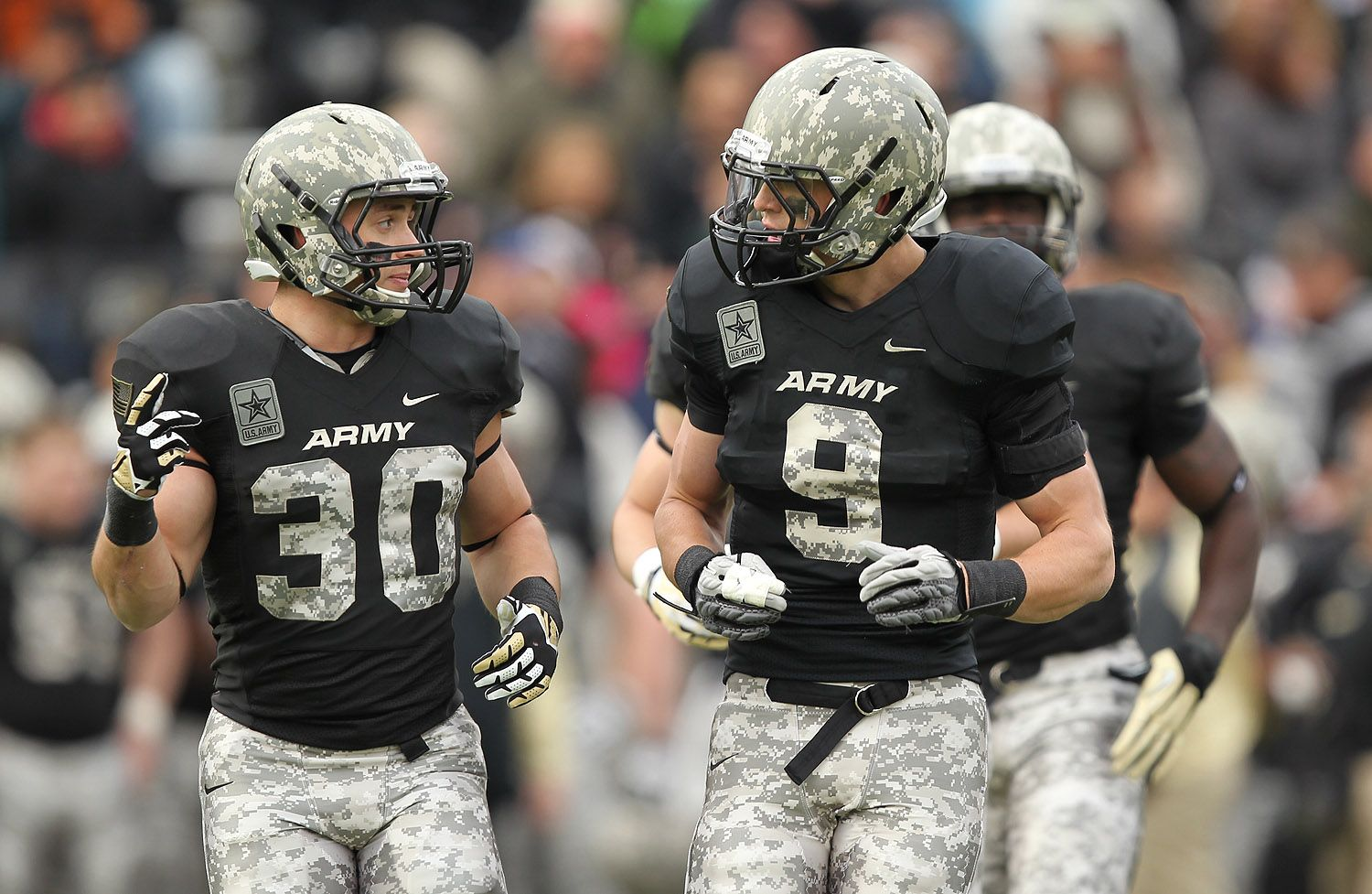 Army is the only team able to pull off camo esp this