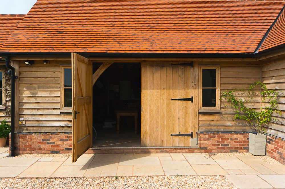 Our Kenchester garages are designed to be under 4m under