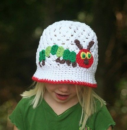 Sooooo Cute. Hungry Caterpillar sunhat. Link is gone, but the picture makes a nice reference for future attempt. :)