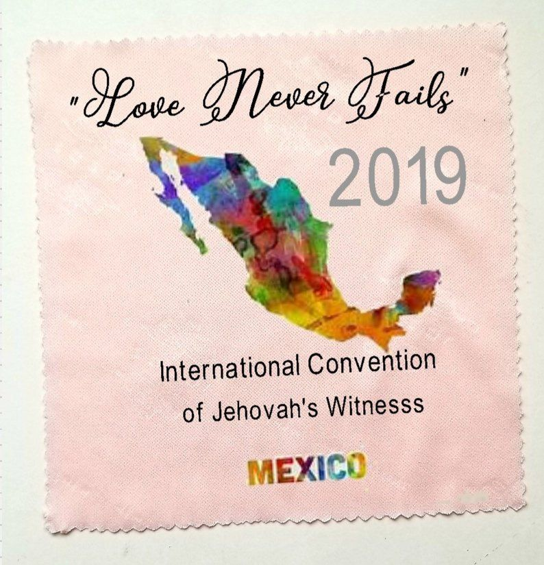 Love Never Fails International Convention Gift Lens Cloths