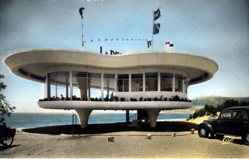 La Reserve Restaurant - Agadir, Morocco. Architect Duhon et Bassiėre. Via Mayan Handball Court (other photos here)